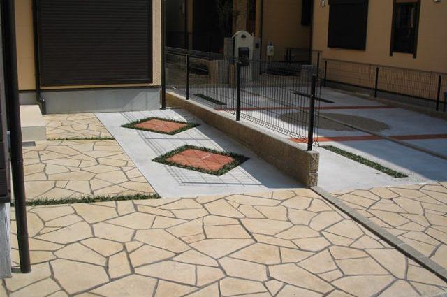 オリジナル感あふれるスタンプコンクリート施工事例