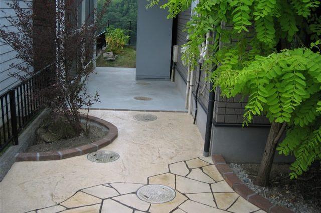 自然な仕上がりのスタンプコンクリート施工事例