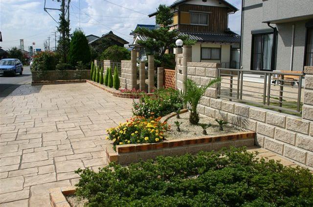 広がりのある空間を実現したスタンプコンクリート施工事例
